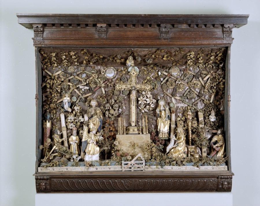Unknown Mechelen (?), Crucifixion Hofje, ca. 1510–30, Musea & Erfgoed Mechelen, Collectie Gasthuiszusters, Onze-Lieve-Vrouw Waver, on long-term loan from the Augustinian Sisters of Mechelen