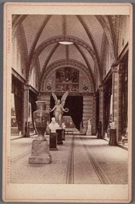Unknown, Eregalerij (Gallery of Honor) in the Rijksmuseum,, ca. 1885, Amsterdam City Archives, Amsterdam